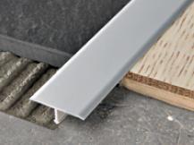 Floor metal strip